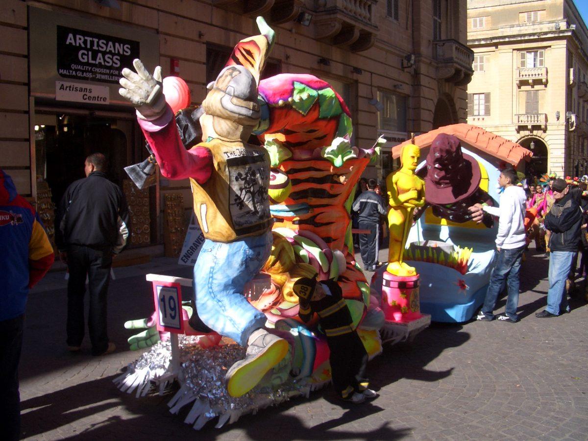 Mardi Gras Malta Carnival parade valetta costumes massive party