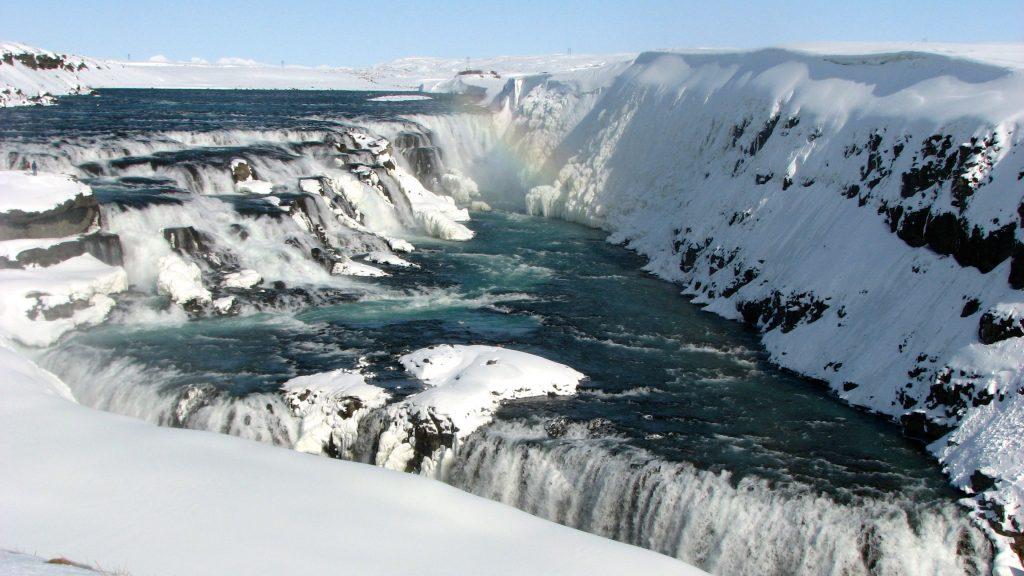 Iceland Visits Europe