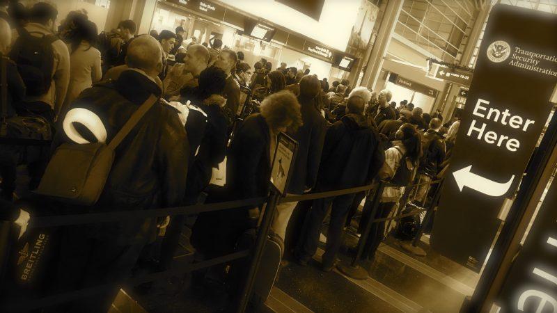 Holiday Travel DCA Crowds TSA Pre Check