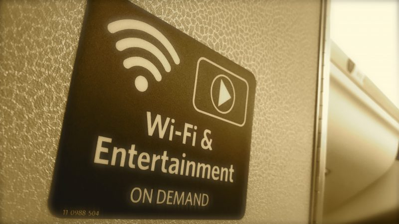 Fast Wifi Sign Delta Expands Wireless aircraft